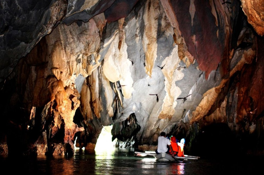 Underground River Boating (2/2)